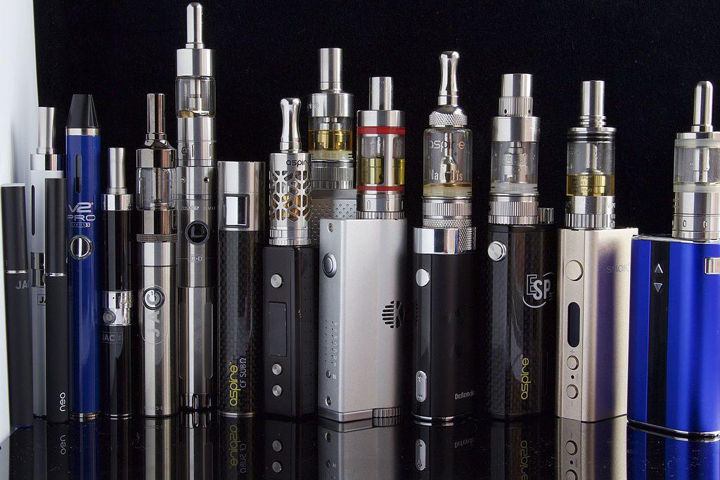 Accessoire cigarette électronique et e-liquide conforme